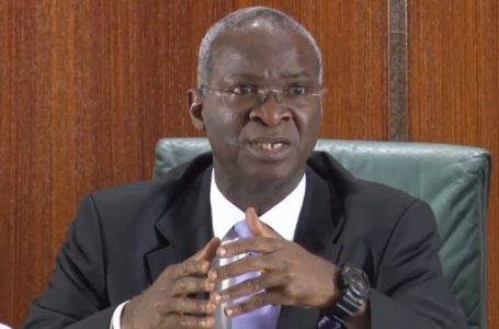 Relief For Motorists As Fashola Announces Total Reopening Of Third Mainland Bridge